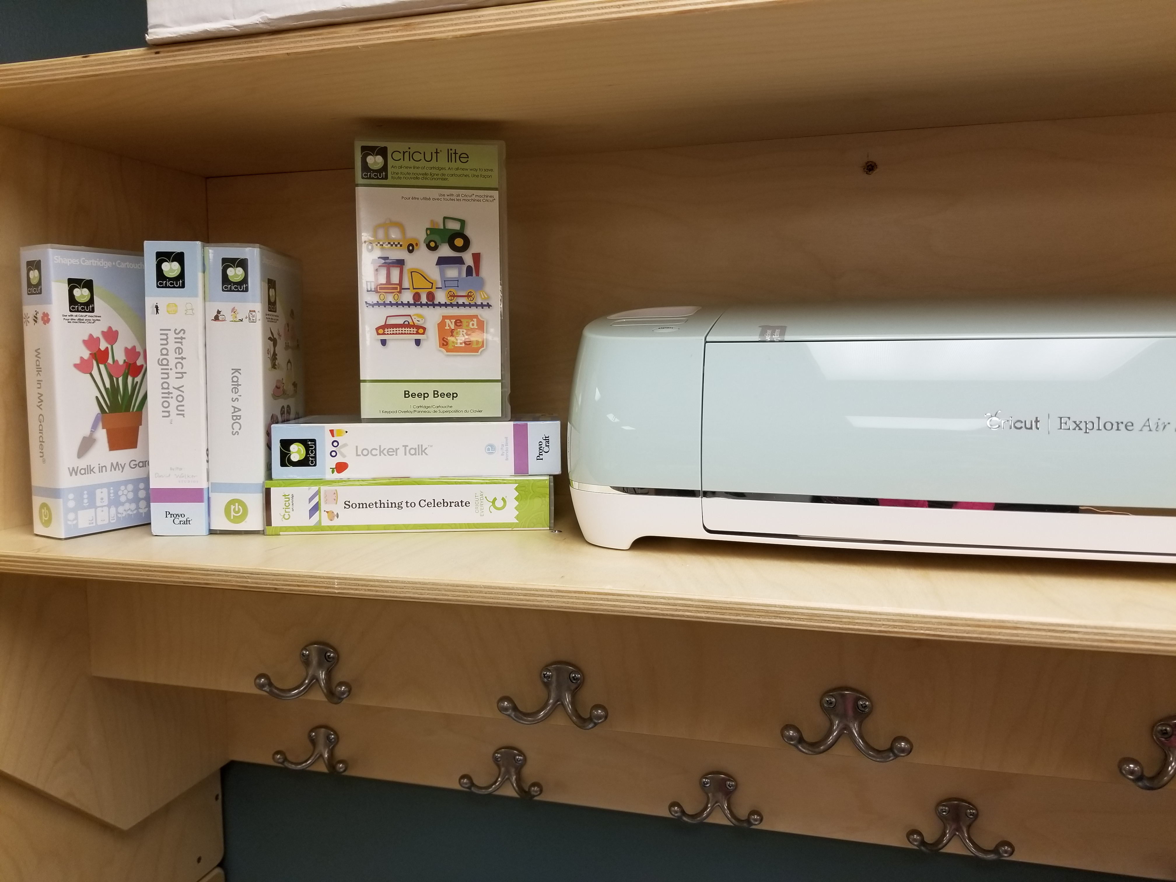 Summer Crafting Made Easy at Meinders – Meinders Community Library